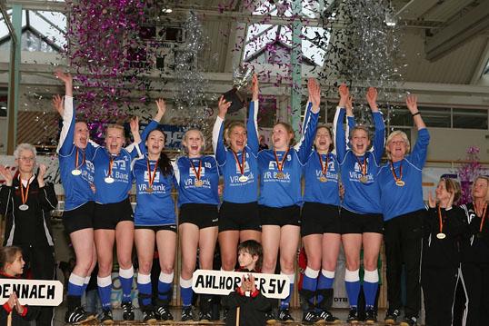 Faustball Deutsche Meisterschaft Halle Frauen 2011 26./27. Februar 2011 - Neuenbuerg
