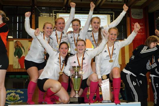 Faustball Deutsche Meisterschaft Frauen Halle 2013/14