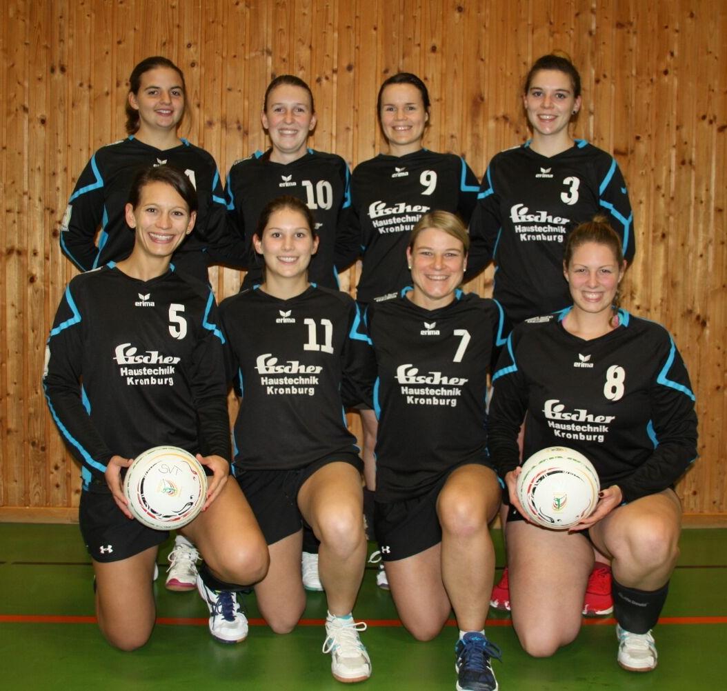 hinten v.l. : Barbara Maucher (6), Sarah Reisch (10), Lena Mertz (9), Klara Mahle (3) vorne v.l. : Simone Hummel (5), Franziska Kohler (11), Katharina Hammer (7), Sabrina Schütz (8)