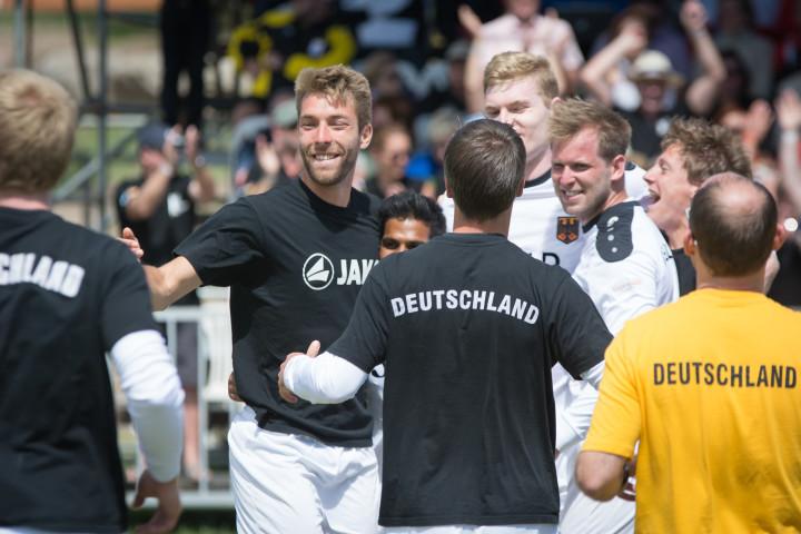 Deutscher Jubel über den Finaleinzug. (Foto: DFBL/bec)