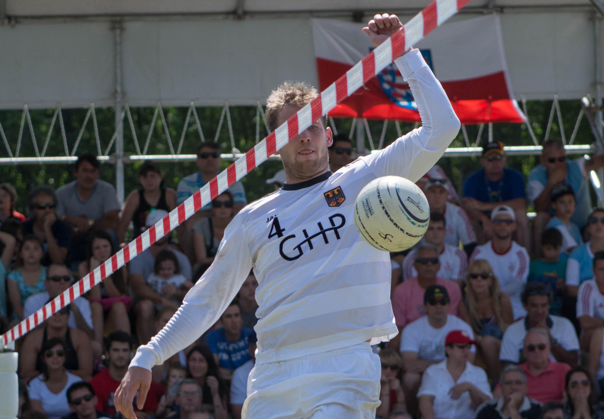 Lukas Schubert und Team Deutschland sind mit einem 3:0 über den Gastgeber in die WM gestartet. (Foto: DFBL/Schönwandt)