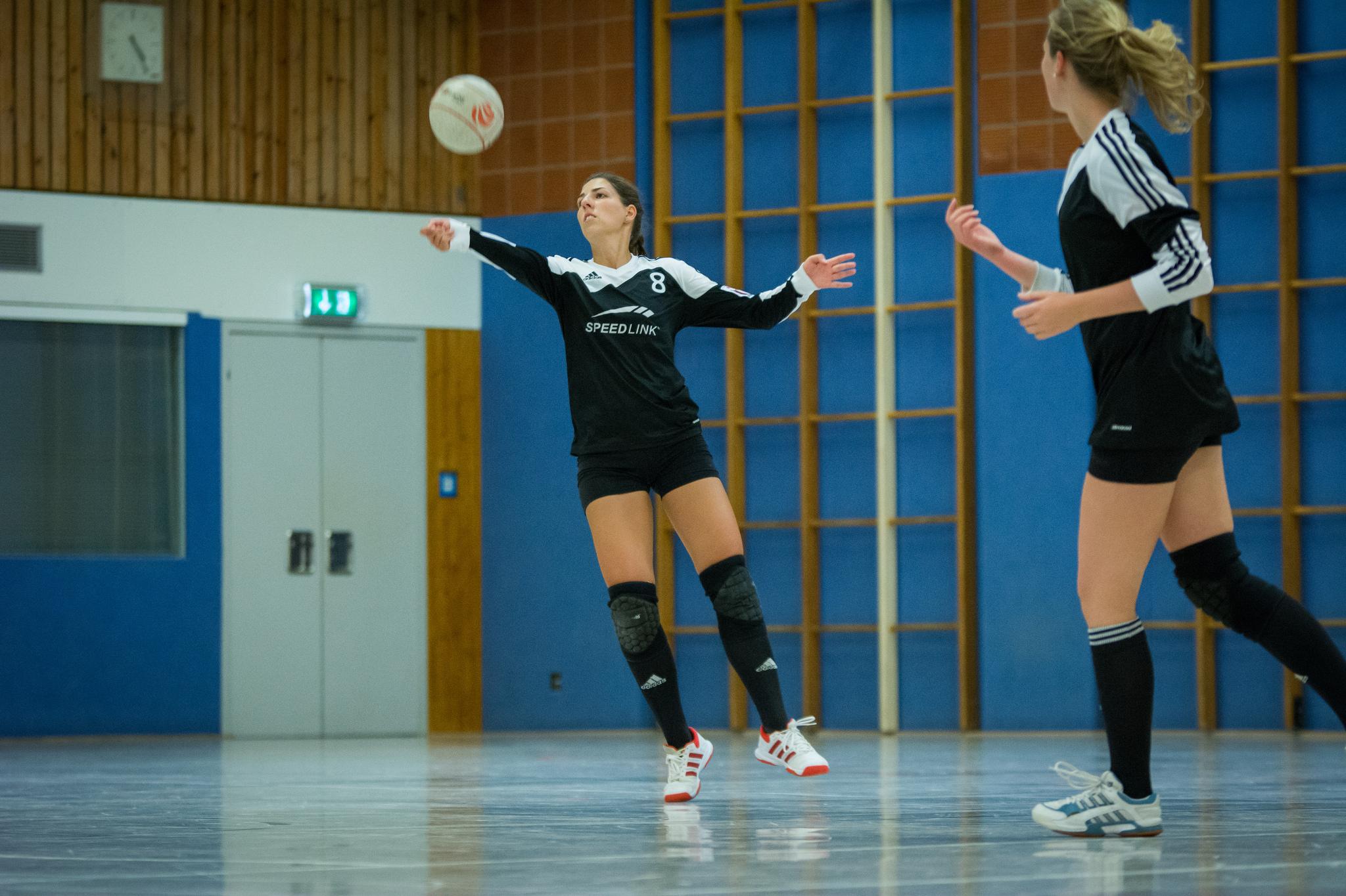 Der MTSV Selsingen mit Kathrin Gahrmann (l.) startet mit zwei Siegen.