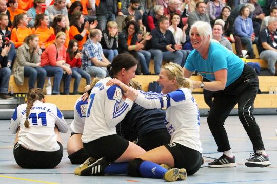 Deutsche Meisterschaft Frauen, Halle 2015 07./08. Maerz 2015 - Bretten Foto honorarpflichtig: Felix Stoeldt, Meersburger Str. 35, 88697 Bermatingen, 0172 7270727 IBAN: DE48660100750338832752 BIC: PBNKDEFF