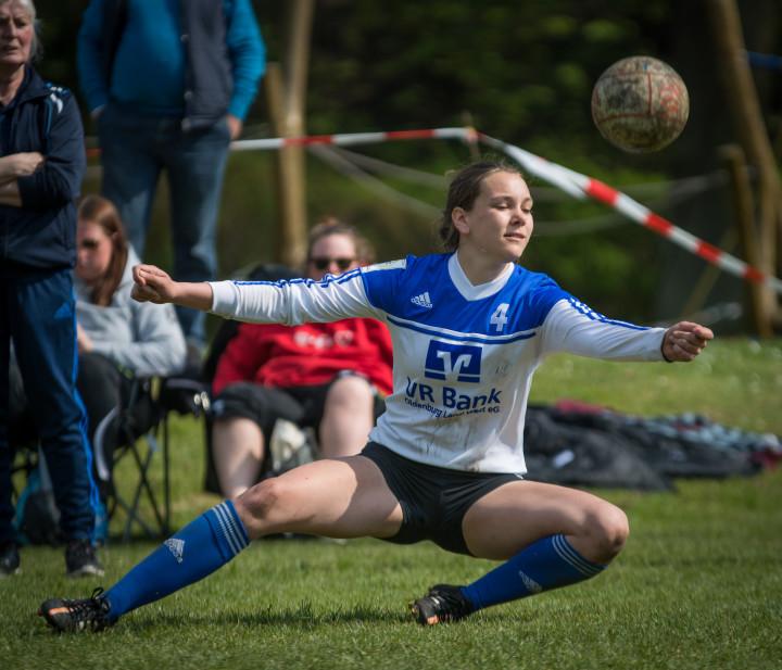 Ahlhorn-Angreiferin Pia Neuefeind (Foto: DFBL/Schönwandt)