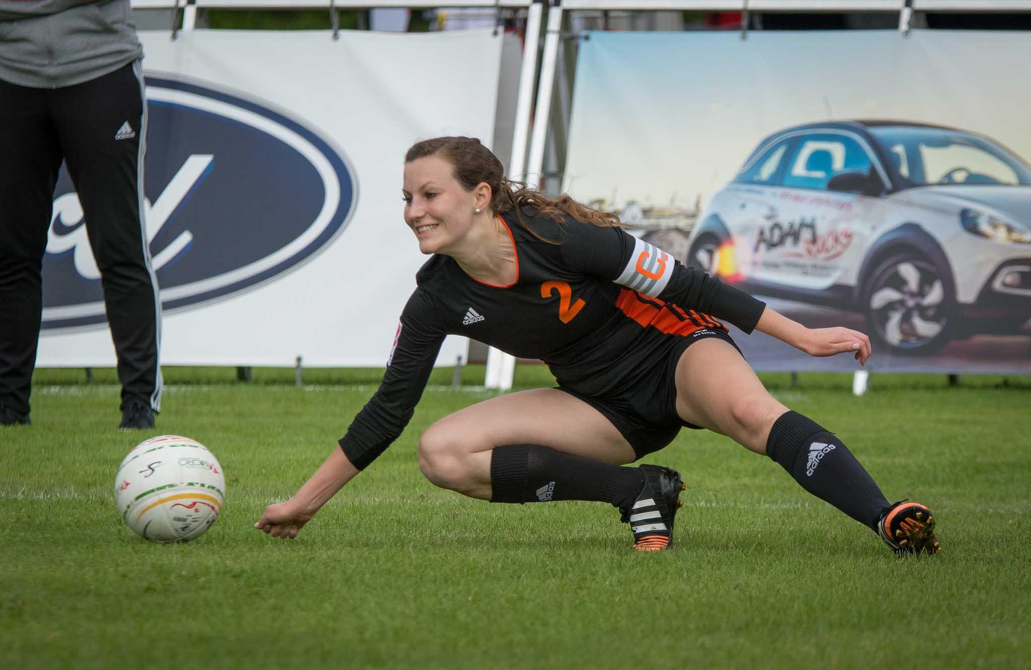Mit Rückkehrerin Sandra Janot könnte Calw zum großen DM-Favoriten werden. (Foto: DFBL/Schönwandt)