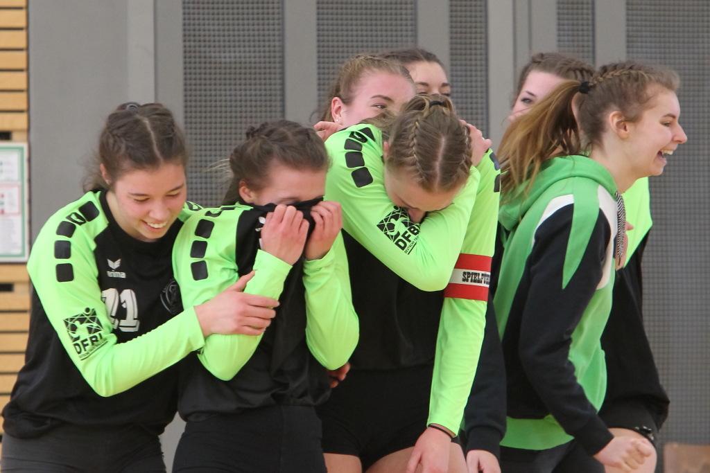 Sie können es selbst nicht fassen: Eibachs junges Team steht im DM-Finale (Foto: DFBL/Stöldt)
