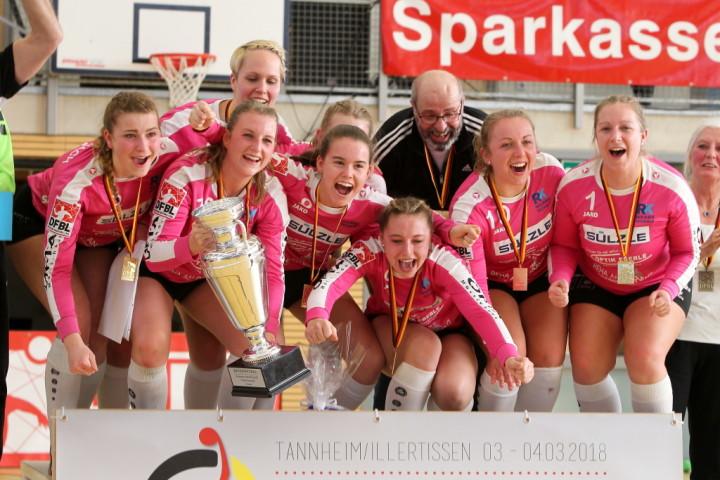 Deutscher Meister im Hallenfaustball 2018: TSV Dennach (Foto: DFBL/Stöldt)